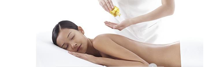 克蘭詩護理油只能用於面部及身體。