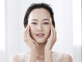 極緻活齡漂亮眼霜的使用方法